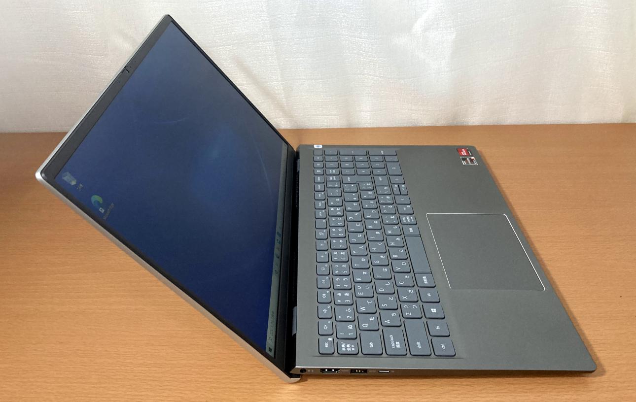 「Dell Inspiron 15(5515)」プラチナシルバー・左側